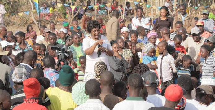 Kitui County Governor Charity Ngilu addresses workersKitui County Governor Charity Ngilu addresses workers